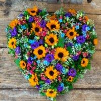 Herz, Sommer mit Sonnenblumen